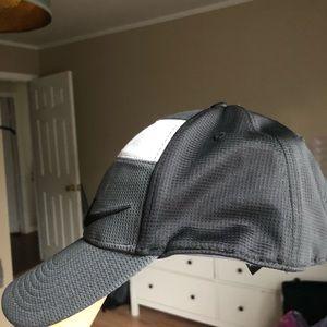 Nike Accessories - Nike cap hat